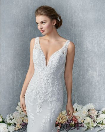 Style 1836 Mermaid Wedding Dress by Kenneth Winston