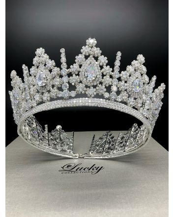 Queen of the Castle Royal Crown Jewel