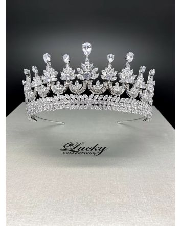 The Modern Queen's Crown by Lucky Collection