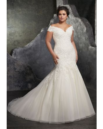 Kariana Plus Size Wedding Dress